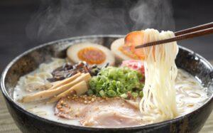 ramen-platillos-japoneses-cobra-popularidad